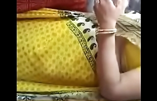 Big ass indian in yellow Saree