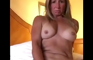 Blonde Milf Pleasuring Her Pussy In all directions Deport oneself Of Boyfriend