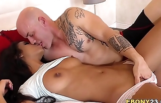 Ebony Nia Nacci Gets Fucked With Cum On Her Face