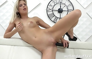Chick on high heels loves masturbating with dildo