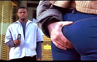 INTERRACIAL KISSING AND ASS GRAB (BARBERSHOP 2002)